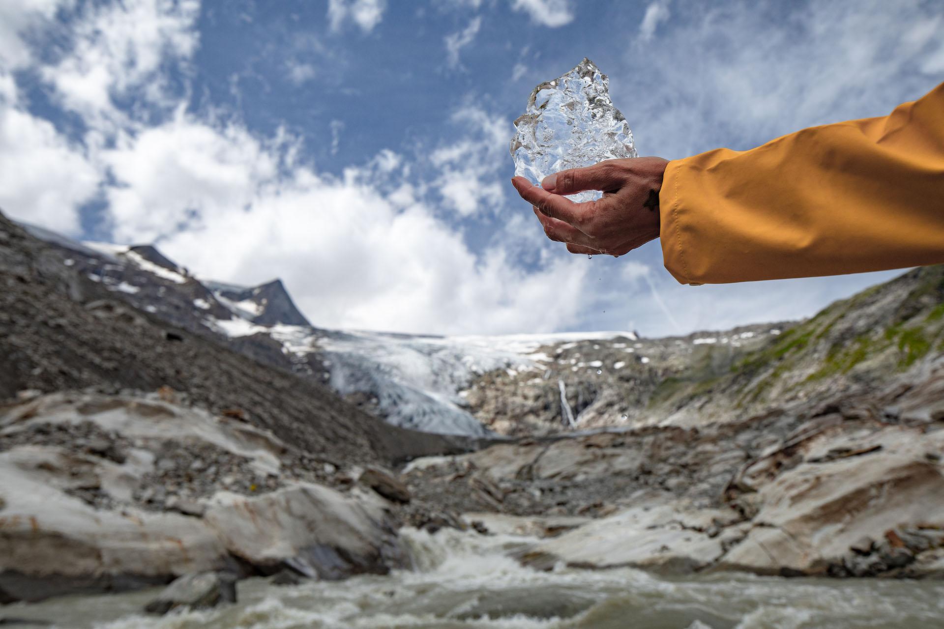 Durchschnittlich gab es in der Saison 2016/17 in Tirol einen Rückgang von -25,2 Längenmetern der Gletscherzungen.